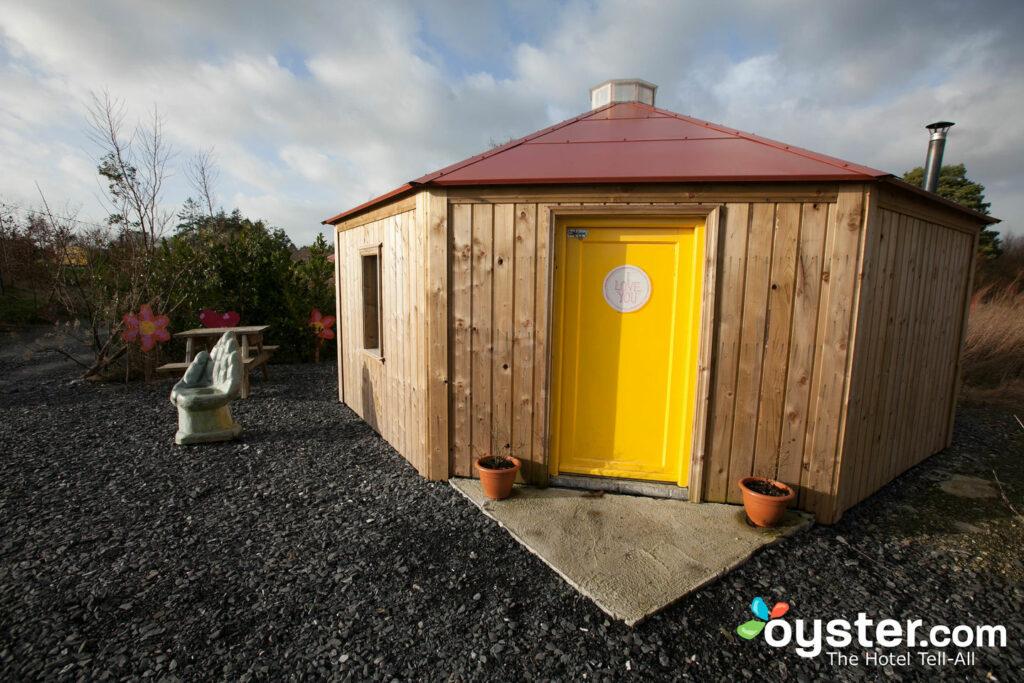 O Yurt nupcial no Boutique Camping