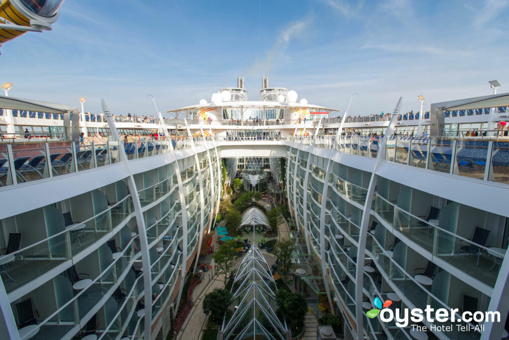 Central Park, Harmony of the Seas/Oyster