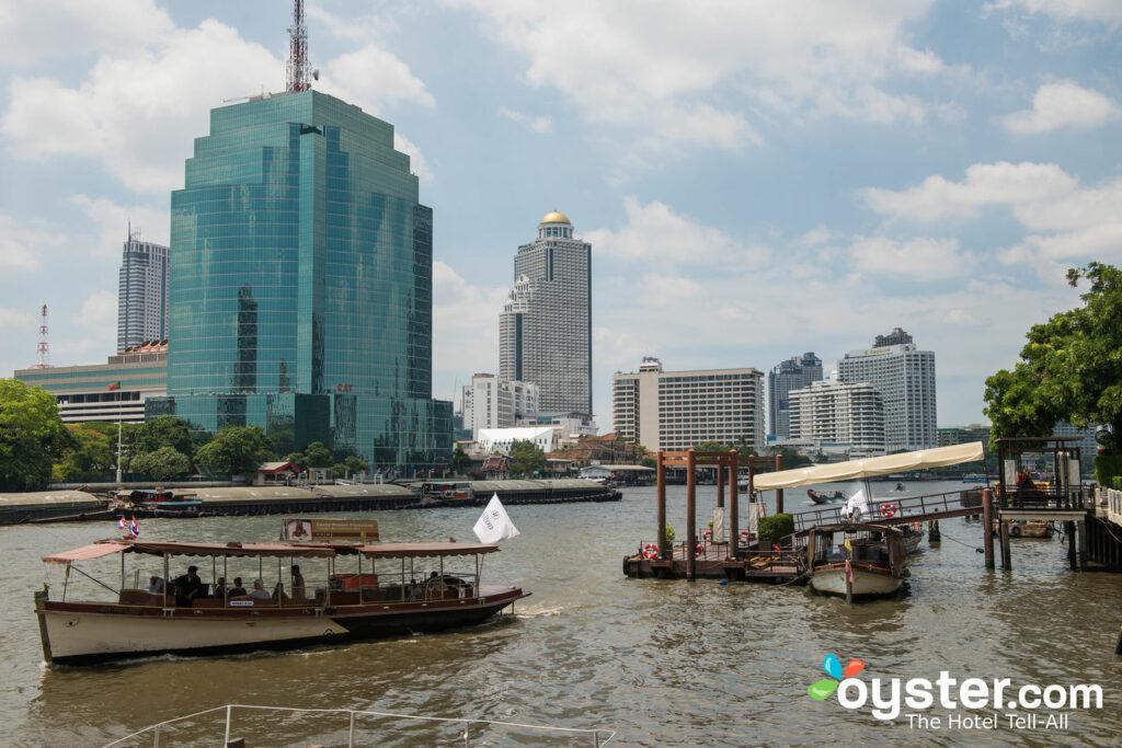 Chao Phraya River in Bangkok, Thailand / Auster