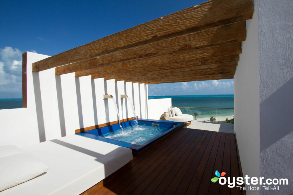 20 Private Plunge Pools With Stunning