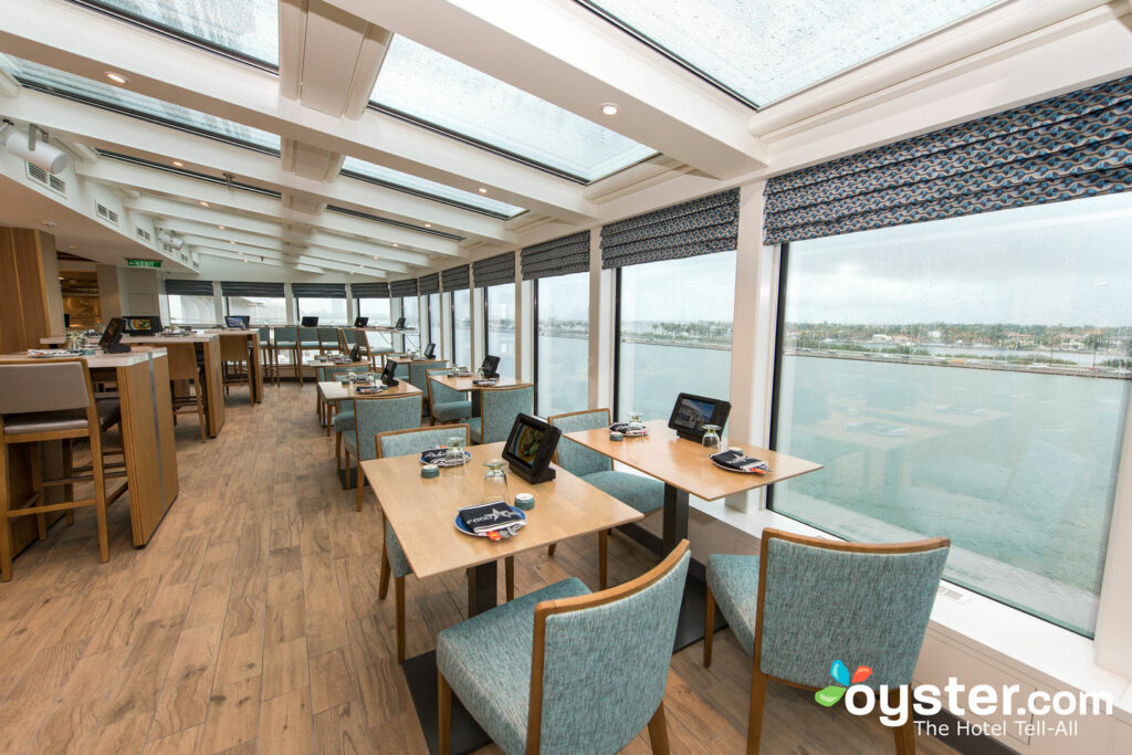Food Republic, Norwegian Escape/Oyster