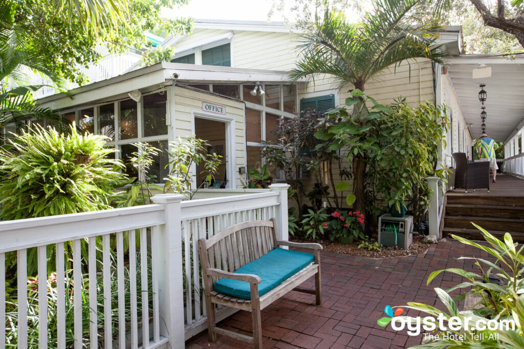 Entrada a Merlin Guest House Key West / Oyster