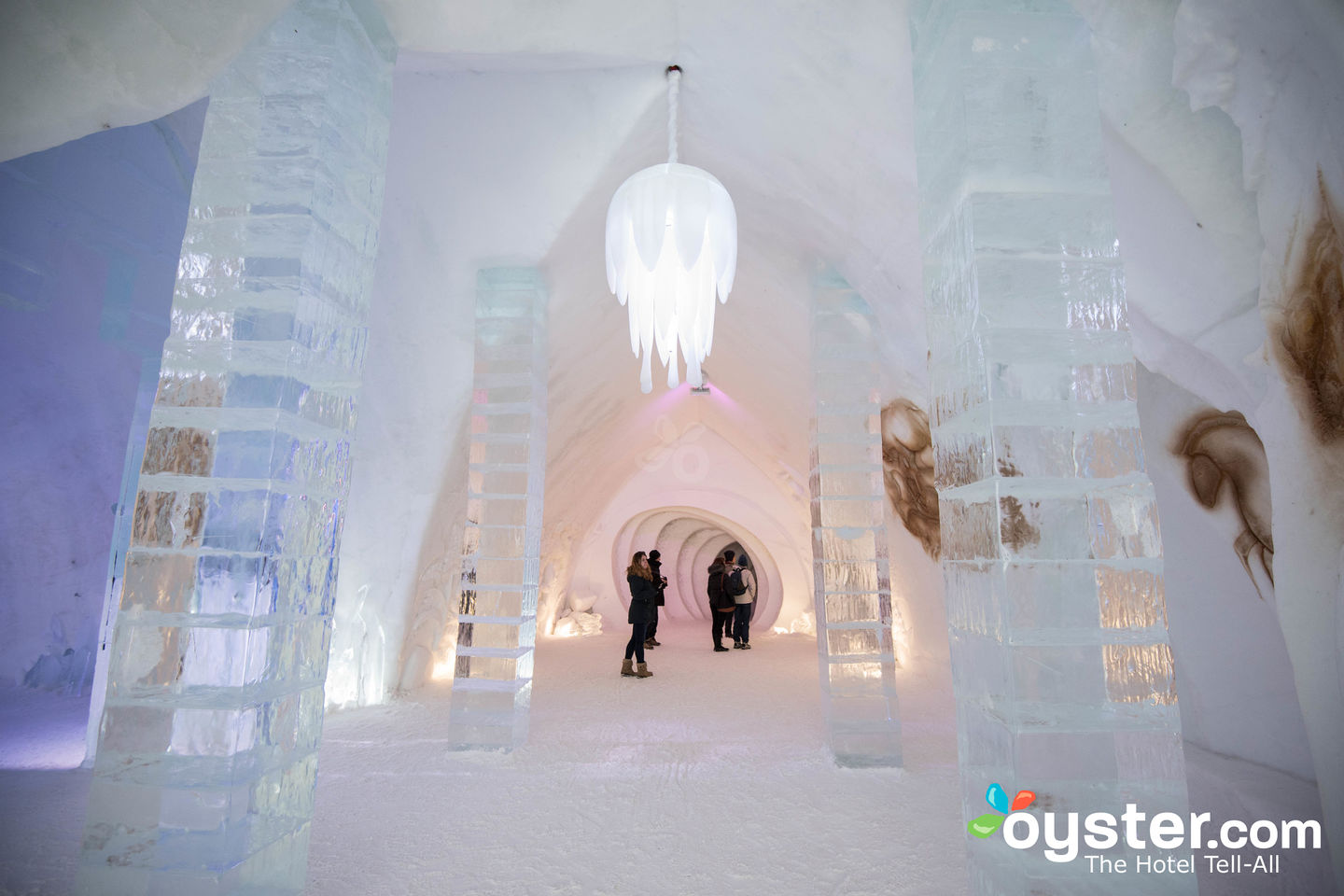 L Artigiano Del Lusso Bijoux hotel de glace review: what to really expect if you stay