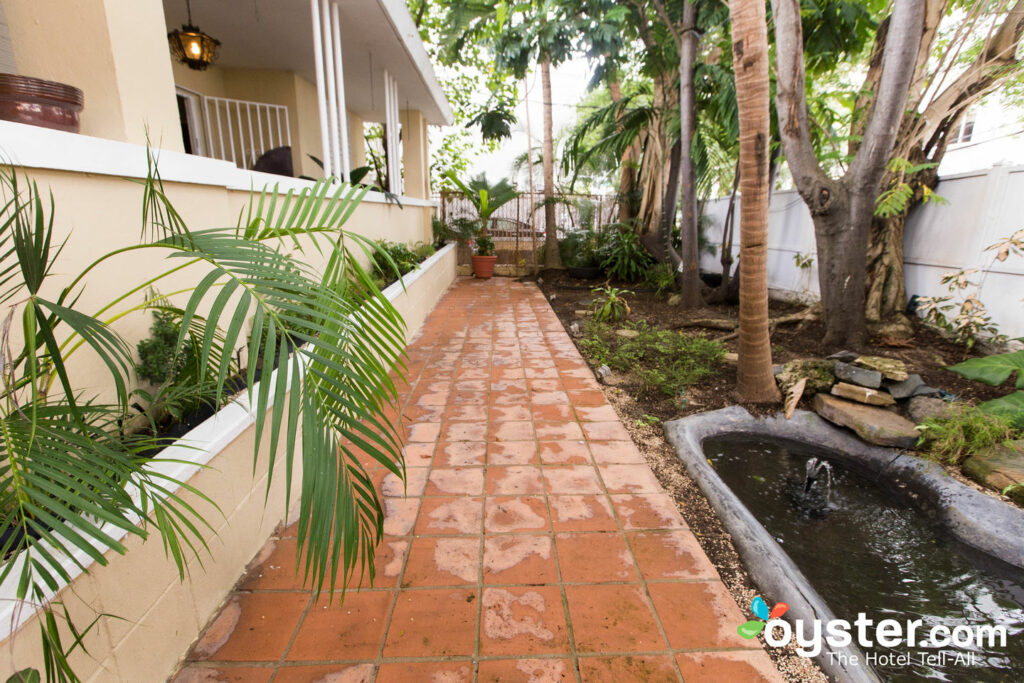 Casa Del Caribe Inn Detailed Review, Photos & Rates (2019) | Oyster com