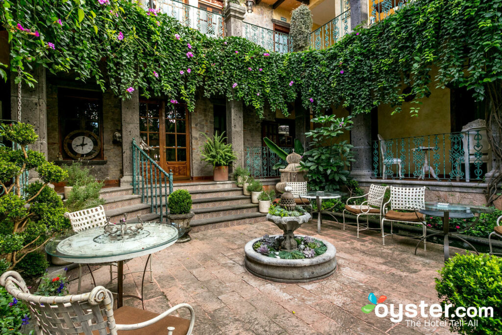 Courtyard at Mansion San Miguel/Oyster
