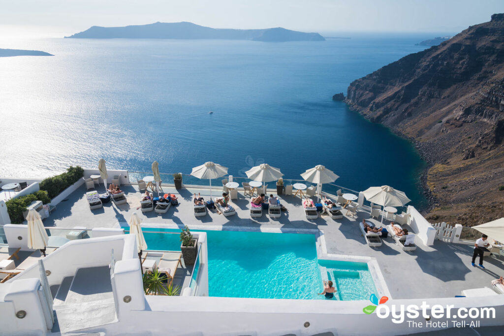 Belvedere Santorini Review: What To REALLY Expect If You Stay