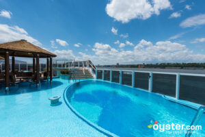 Havana Pool on Carnival Horizon/Oyster