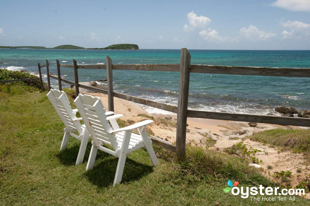 Plage à l' auberge sur l'horizon bleu, île de Vieques, Porto Rico