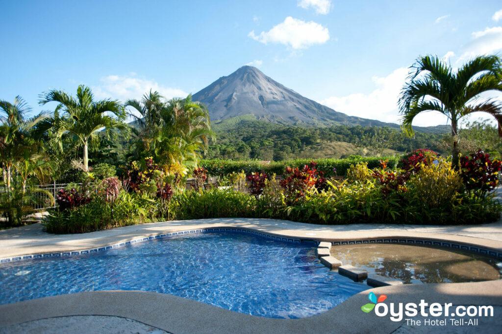 Möchten Sie in einer der heißen Quellen von Costa Rica auftauen?
