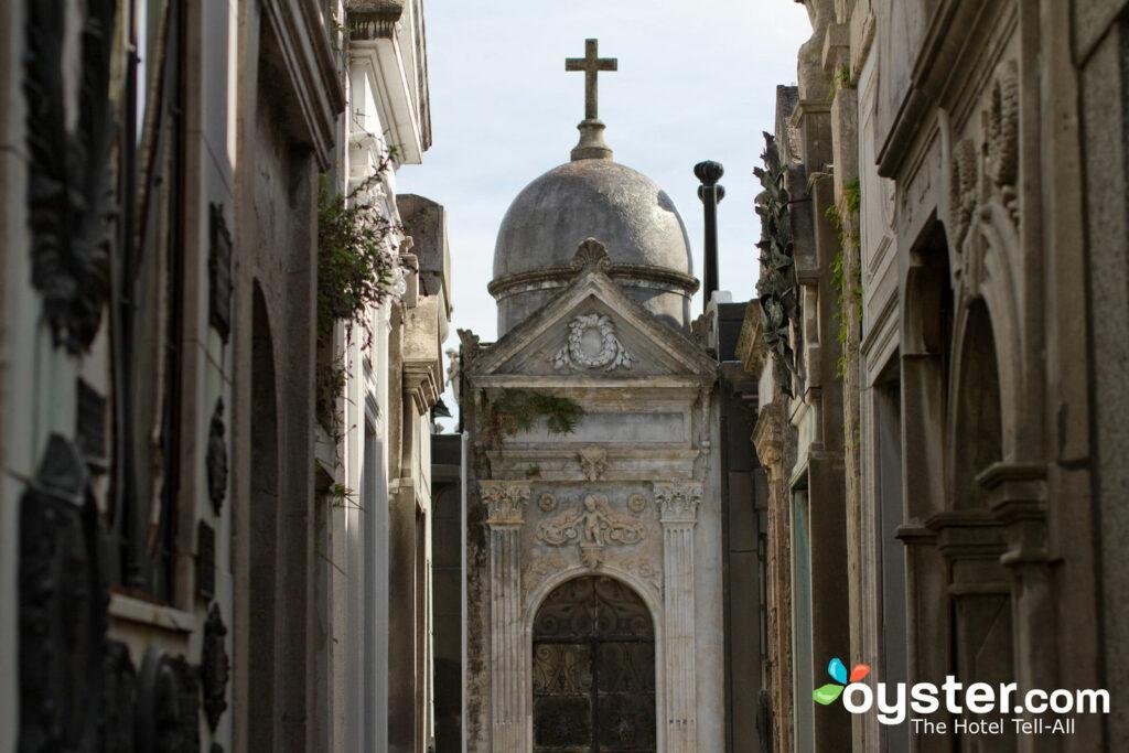 Recoleta Cemetery ist der elegante Rastplatz von Buenos Aires berühmtesten und berüchtigtsten.
