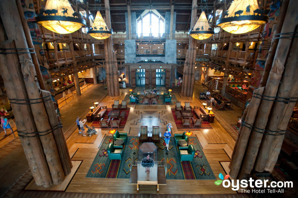 Lobby at Disney's Wilderness Lodge/Oyster