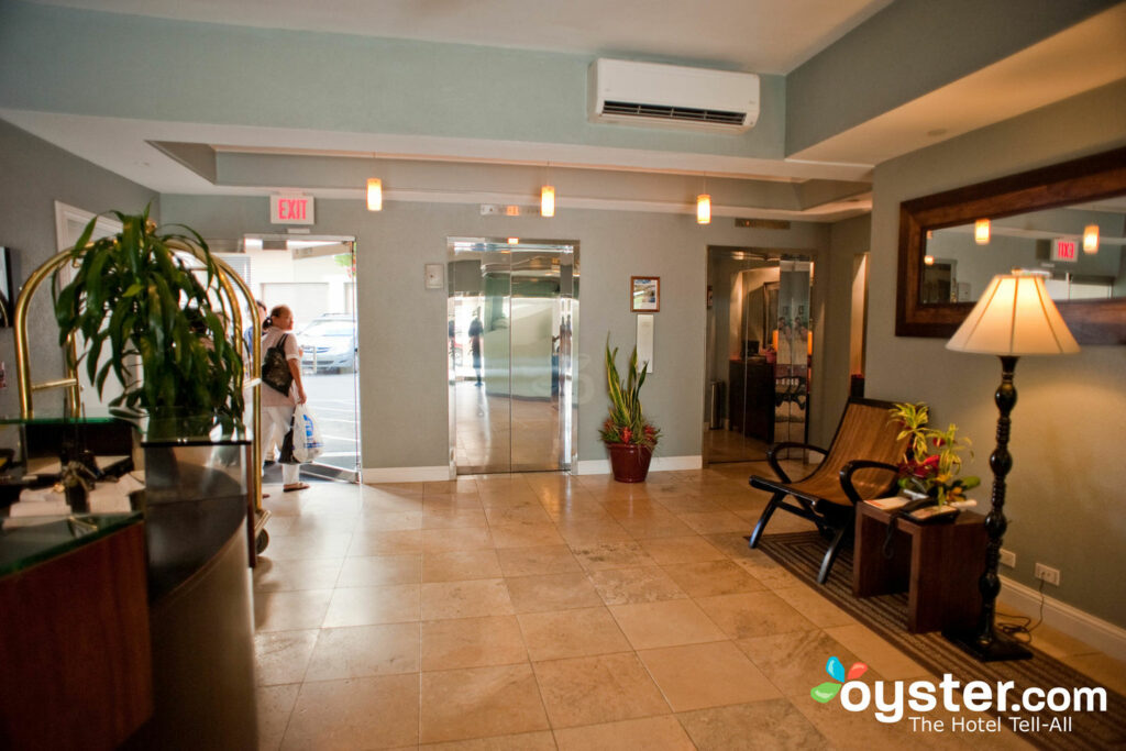Muffa Nella Cabina Armadio.Regency On Beachwalk Waikiki By Outrigger Review What To Really