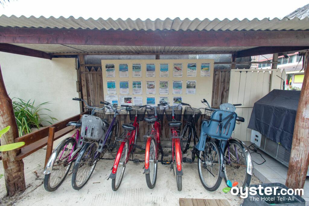 Lobby en el Village Temanuata / Oyster