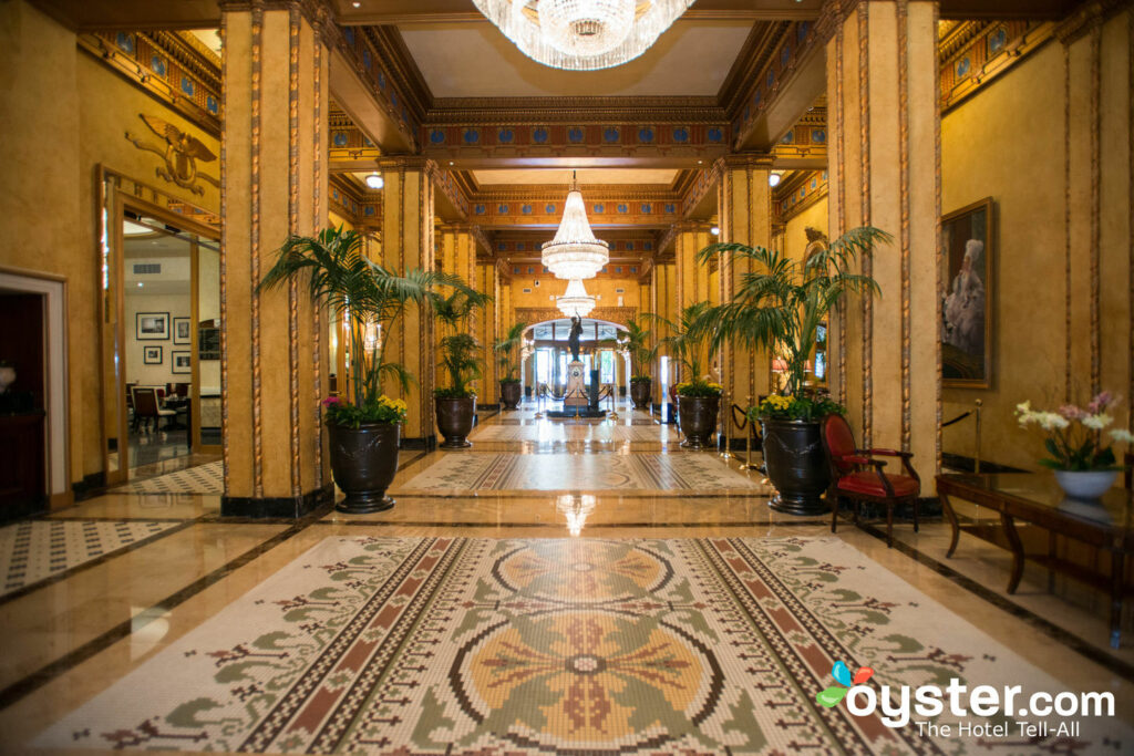 Lobby at The Roosevelt New Orleans