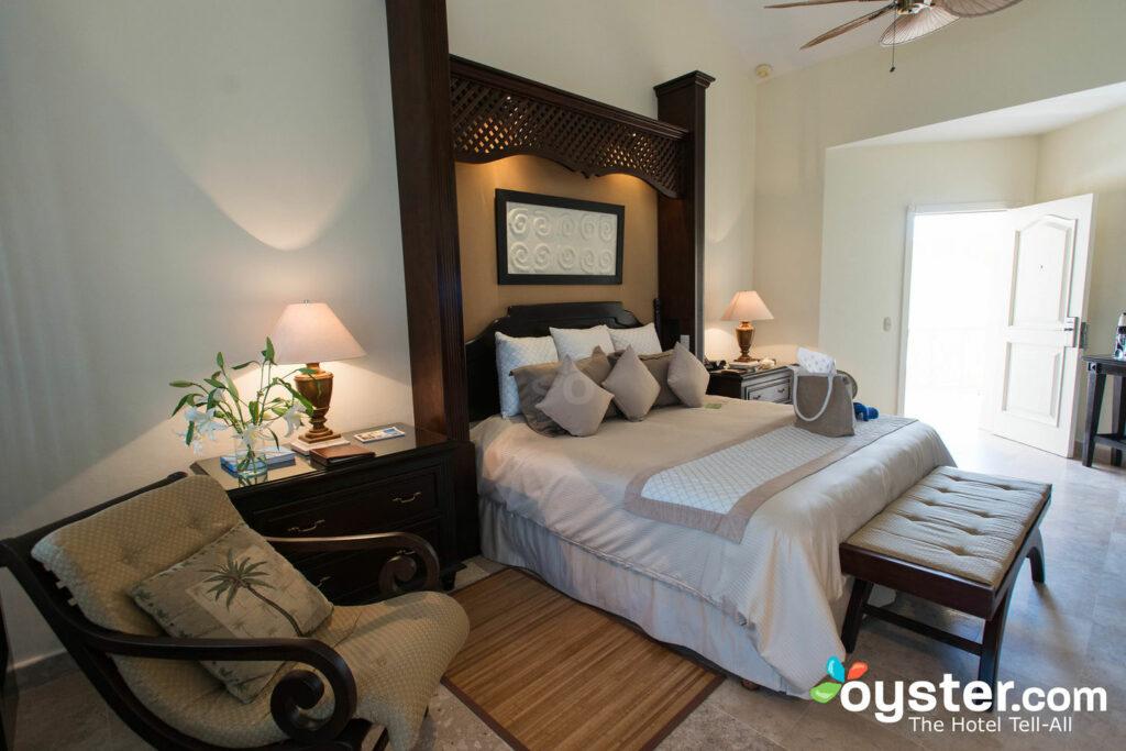 Luxury Room at the Royal Hideaway Playacar