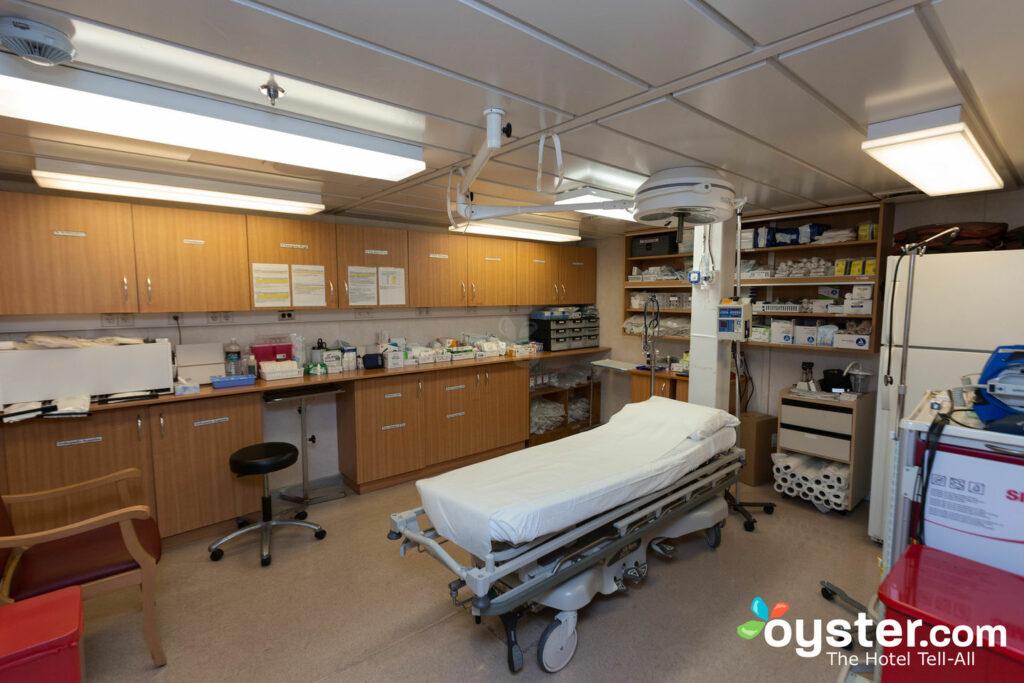 Centre médical Celebrity Millennium / Oyster