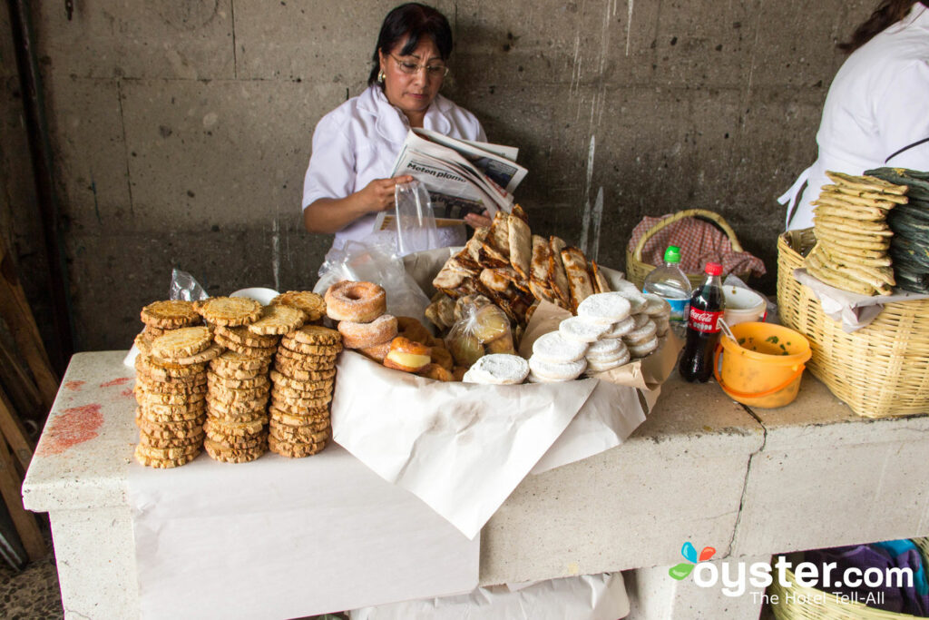 Street food in Mexico City/Oyster