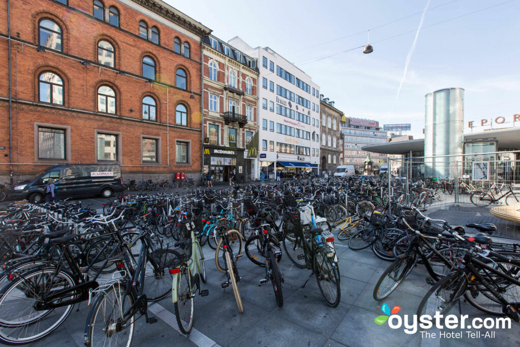 Bike parking in Copenhagen/Oyster