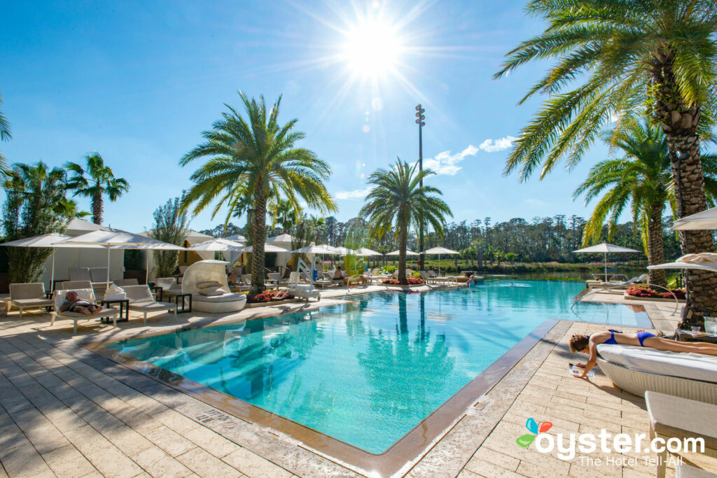 Oasis Pool im Four Seasons Resort Orlando im Walt Disney World Resort / Oyster