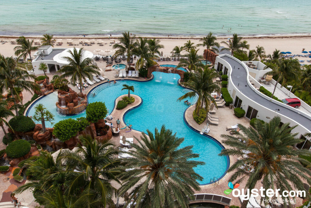 Trump International Beach Resort Review