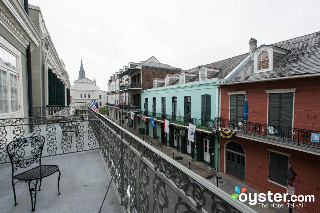 Vista de uma suíte no Bourbon Orleans Hotel