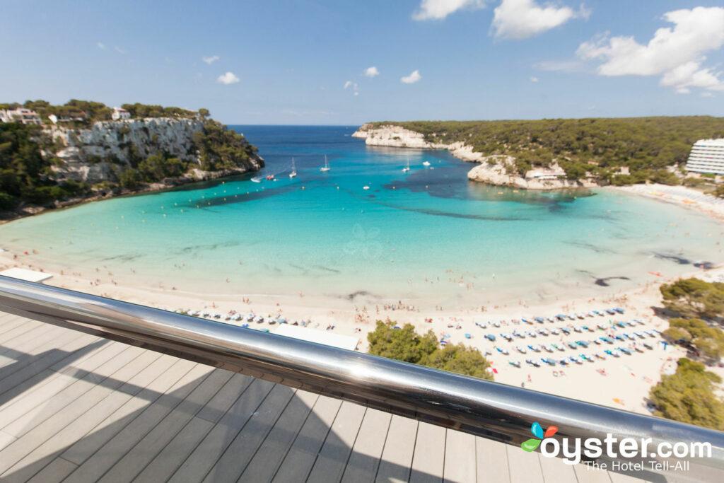 Blick über Melia Cala Galdana, Menorca / Oyster