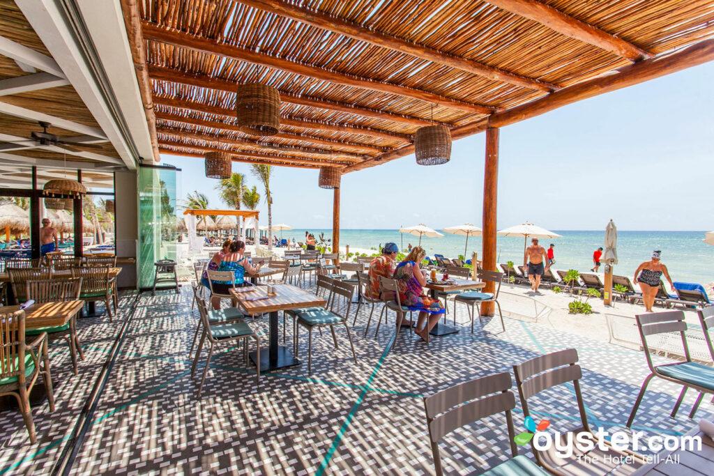 Pez Vela en Ocean Riviera Paradise / Oyster
