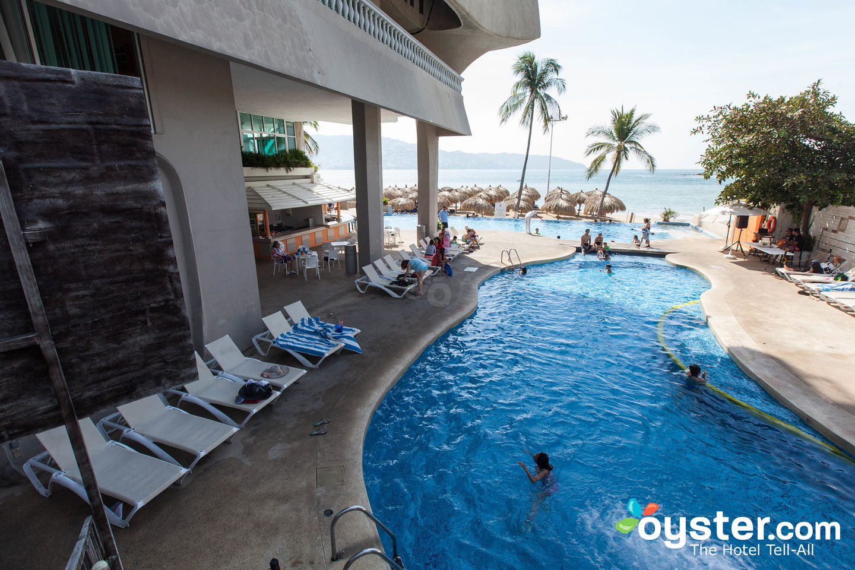 Krystal Beach Acapulco Entrance At