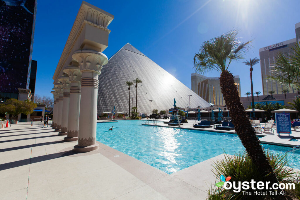 Pool at Luxor Hotel & Casino/Oyster