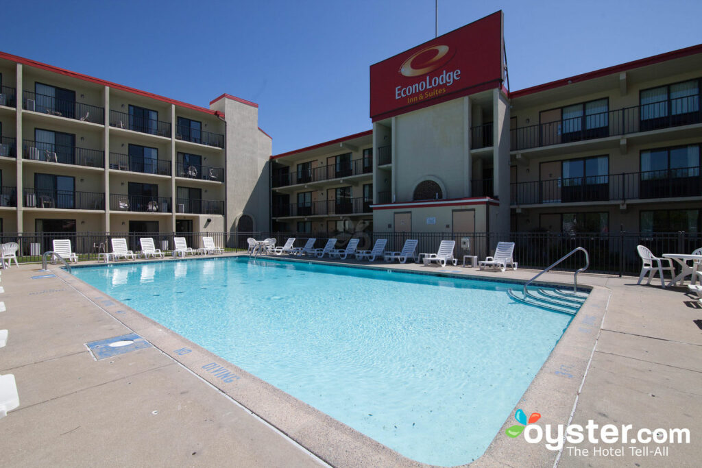 Econo Lodge Resort Review What To