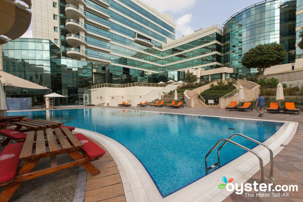 Dubai Palm Hotel: Review + Updated Rates (Sep 2019) | Oyster com