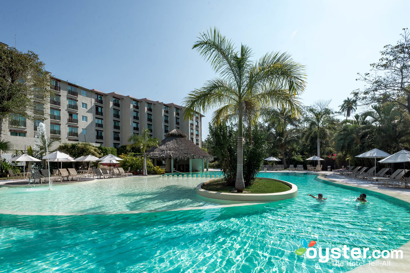 Gamma Plaza Ixtapa Review: What To REALLY Expect If You Stay