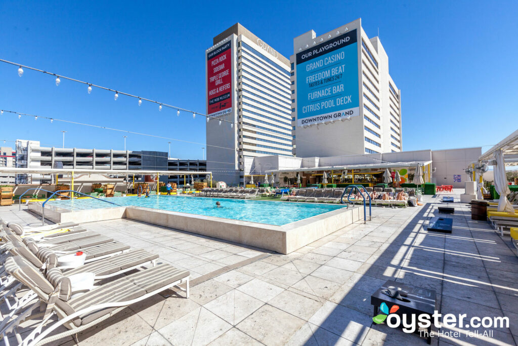 Downtown Grand Detailed Review Photos Rates 2019 Oyster Com