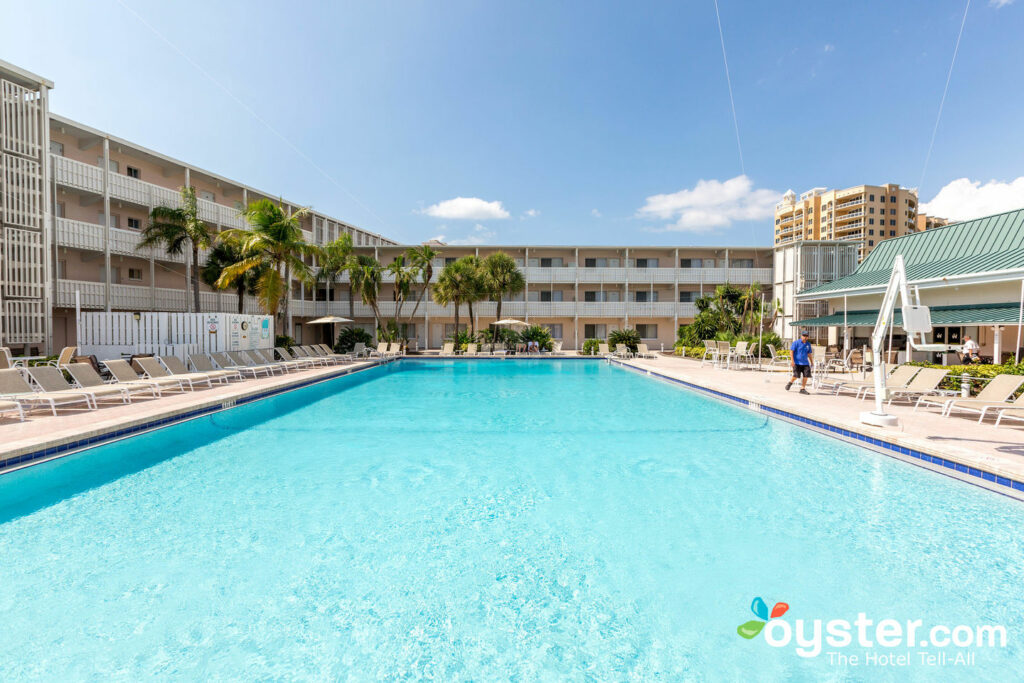 Sandcastle Resort At Lido Beach Review
