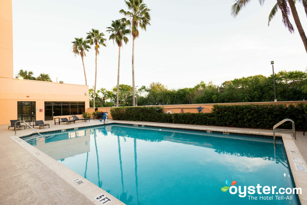 Doubletree By Hilton Hotel West Palm Beach Airport Review