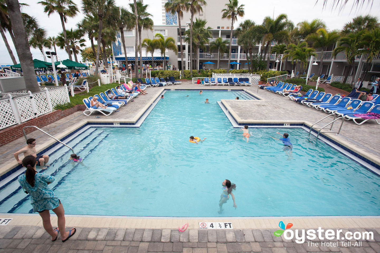 Tradewinds Island Grand Resort Review