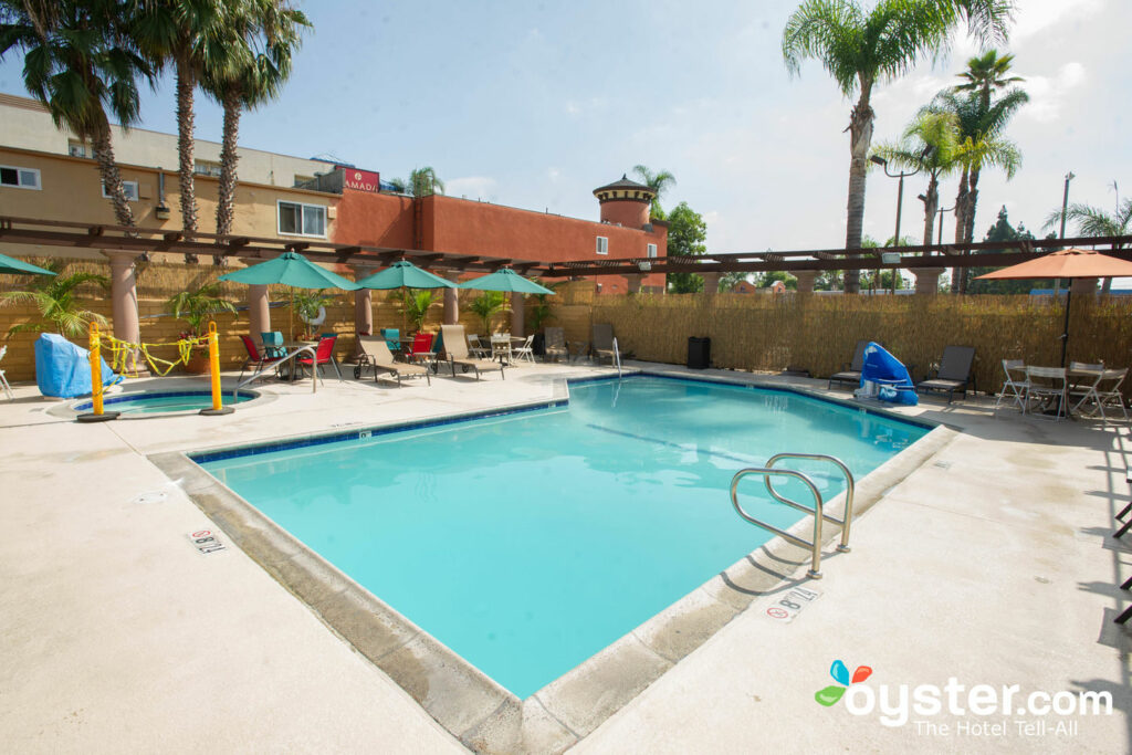 Stanford Inn & Suites Detailed Review, Photos & Rates (2019