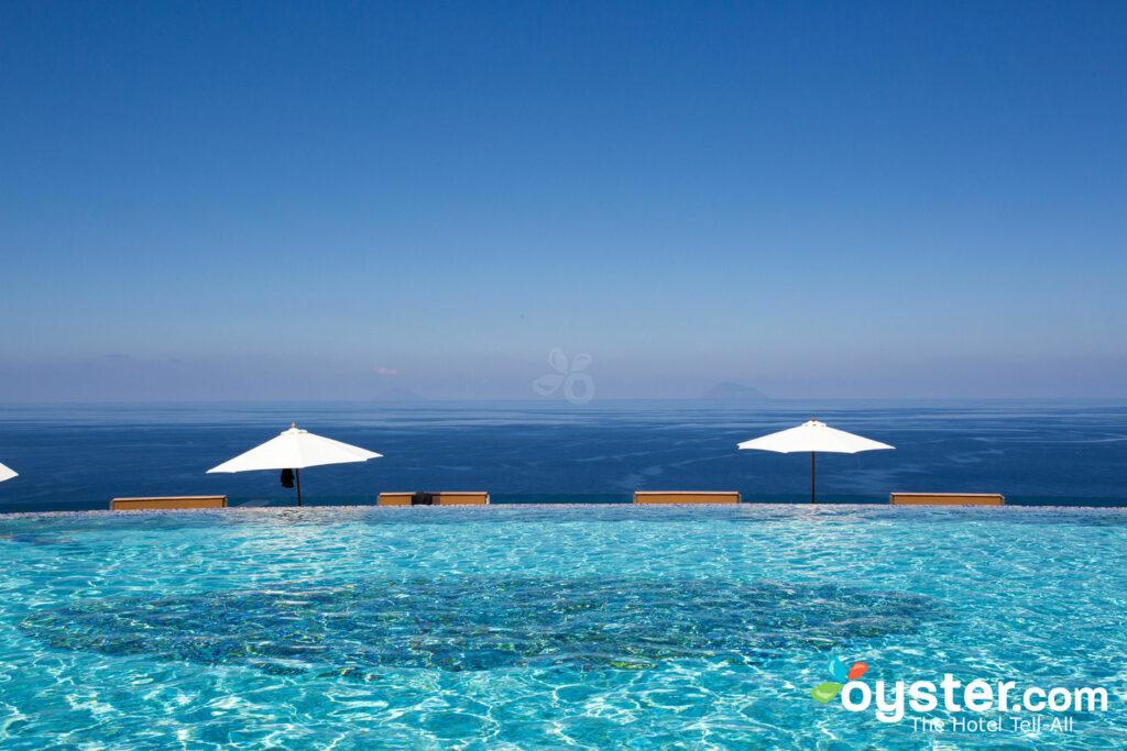 Pool at Sicily's Hotel Avalon Sikani