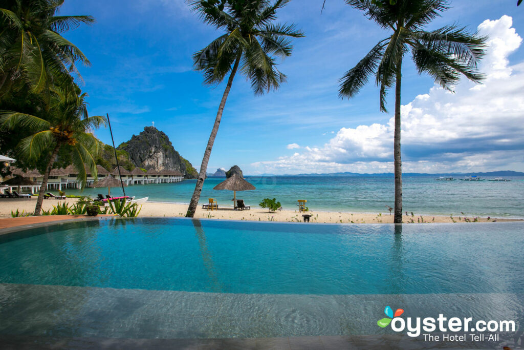 A piscina no El Nido Resorts Apulit Island