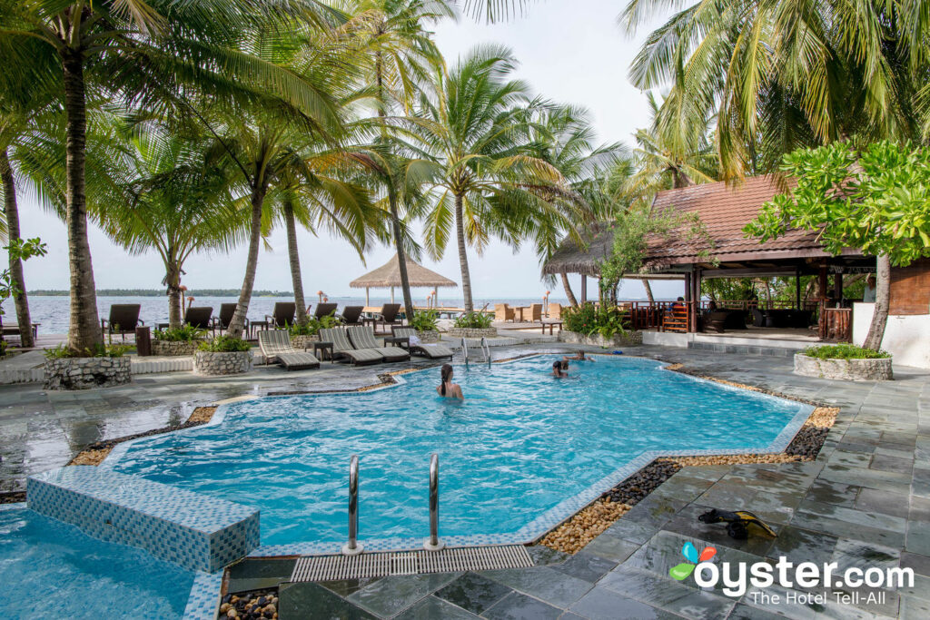 Meeru Island Resort Hotel Review Maldives: Meeru Island Resort & Spa: Review + Updated Rates (Sep