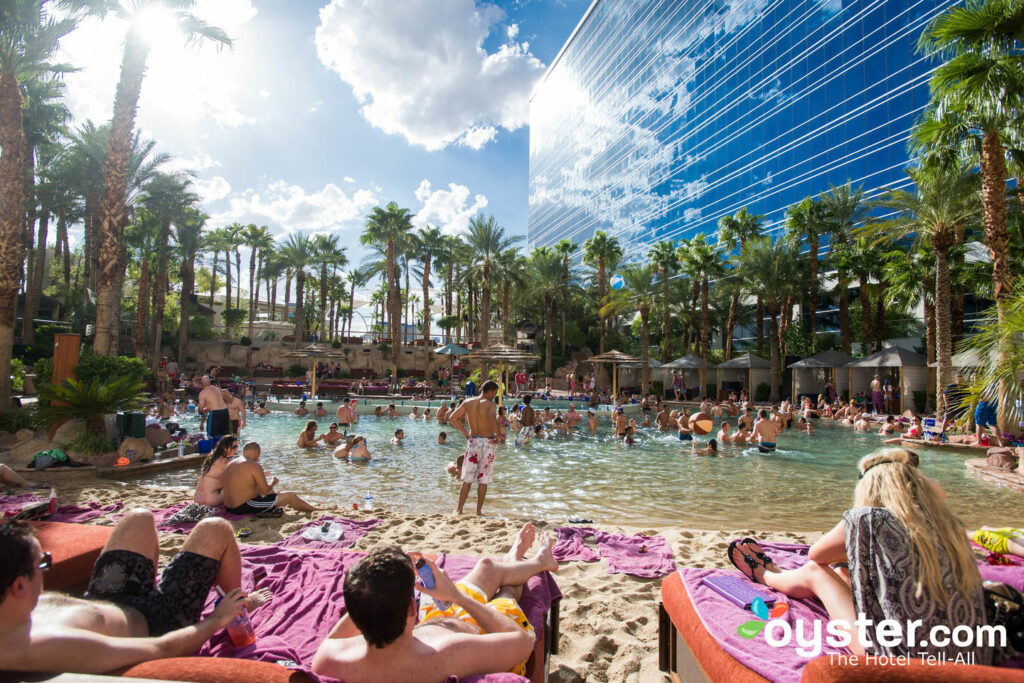 Rehab at Paradise Beach at Hard Rock Hotel and Casino/Oyster