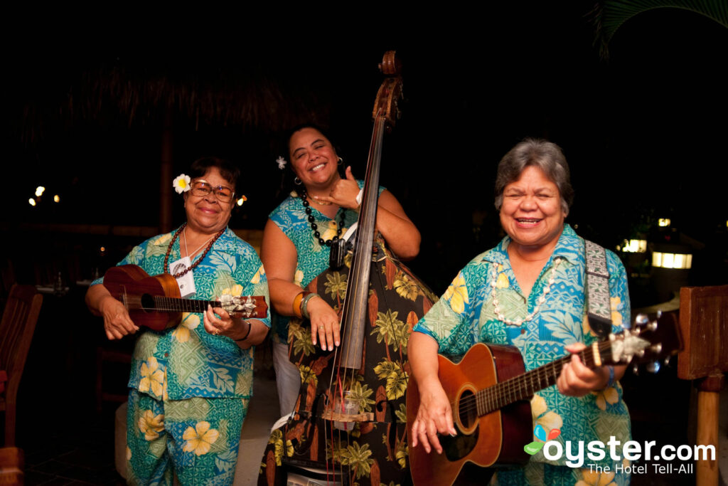 Duke's Canoe Club located in the Outrigger Waikiki On The Beach features live music every weekend