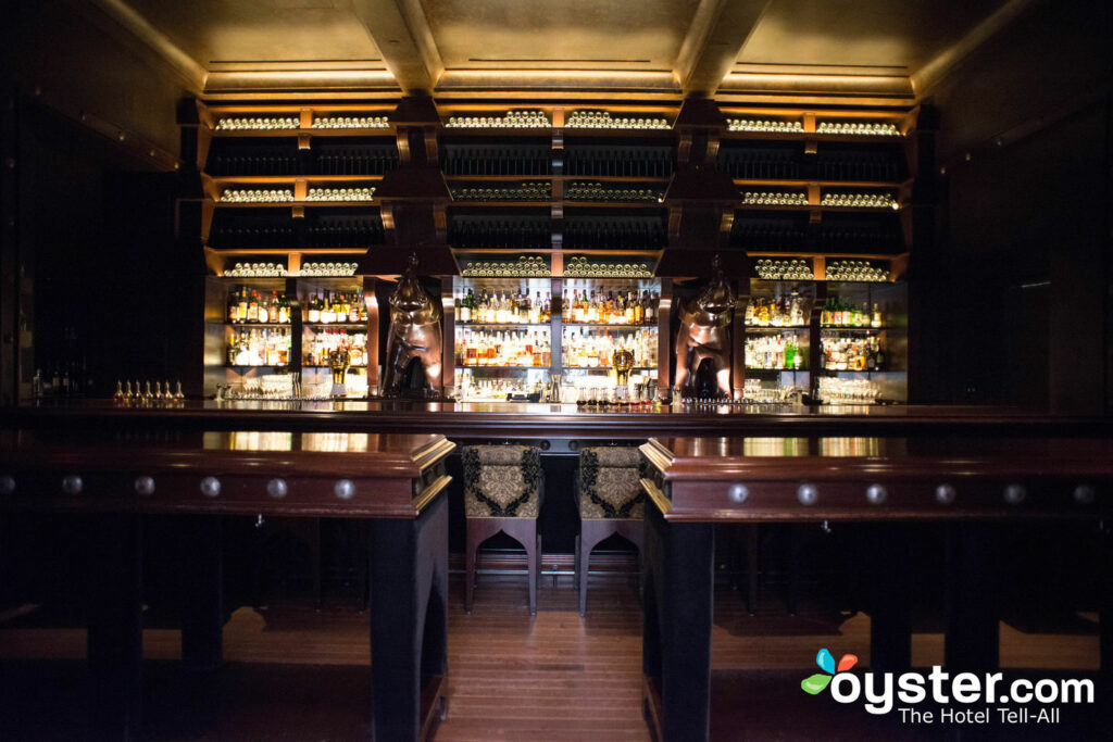 The Elephant Bar no NoMad Hotel / Oyster