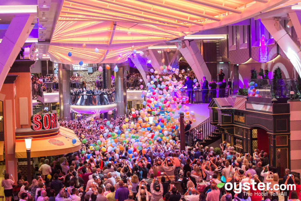 Royal Promenade on Harmony of the Seas, Royal Caribbean