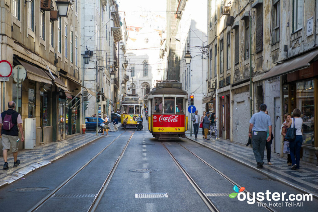 Streetcars in Lisbon/Oyster