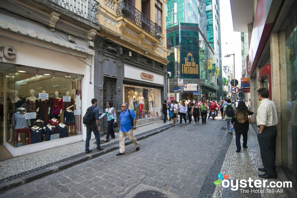 The busy streets of Rio's Centro can be a haven for pickpockets. Centro/Oyster