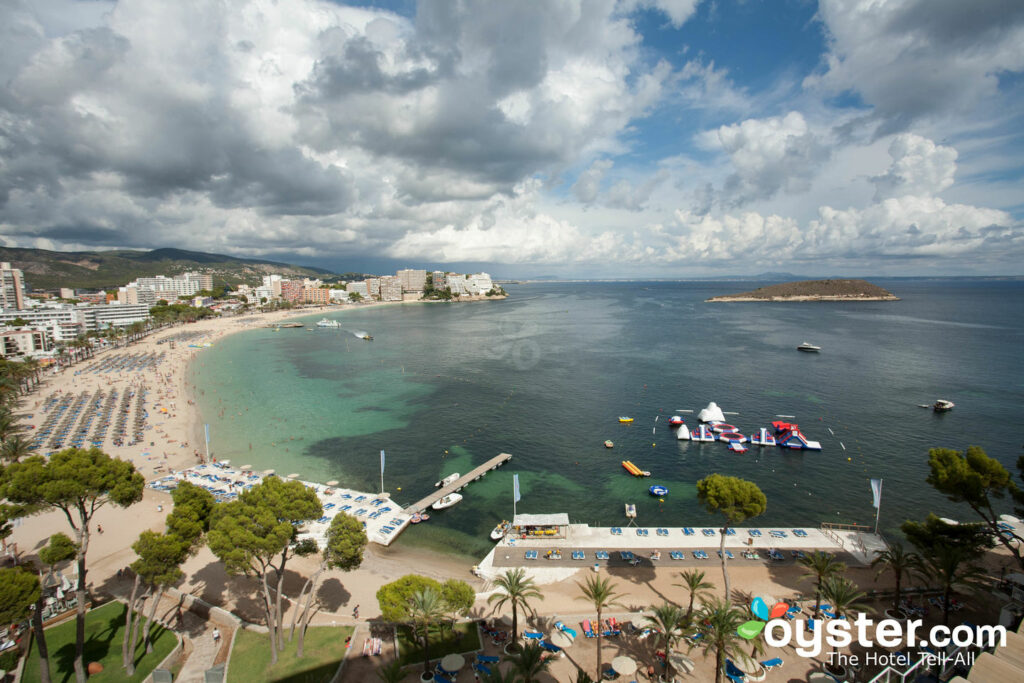Beach at Sol Antillas Barbados in Magaluf