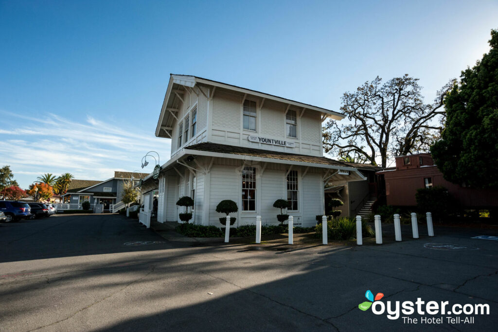 Napa Valley Railway Inn, Yountville/Oyster