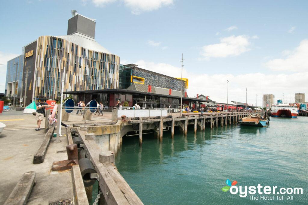 Viaduto Sofitel Auckland Porto / Ostra
