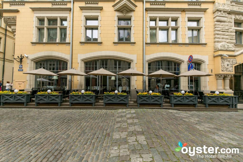 Calle en el hotel Neiburgs, Letonia